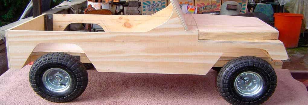 Carro de madera para niños