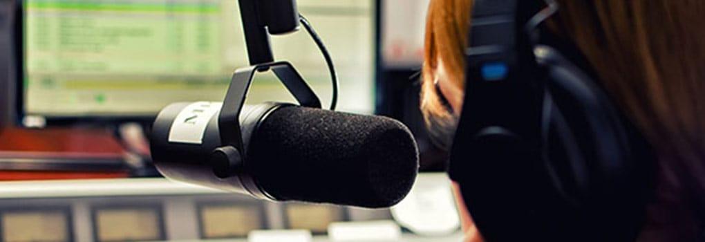 Como-se-Hace-un-Guion-para-un-Podcast-uncomohacer